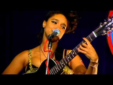 Lianne La Havas - Age (Live at Amoeba)
