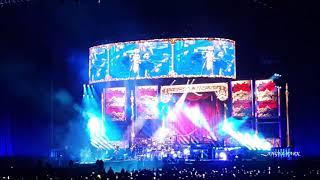 Queen & Adam Lambert 'Don't stop me now' Live in Seoul