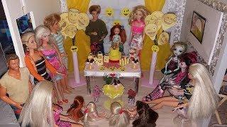 NOVELINHA DA BARBIE - Barbie faz uma festa INCRIVEL igual da Paula Stephânia