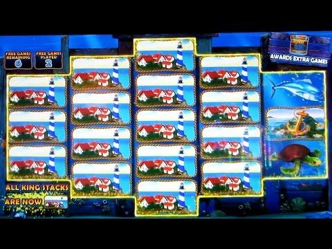 MAKING (not so) EASY MONEY AT THE COSMOPOLITAN CASINO - Slot Machine Big Win Bonus Wins