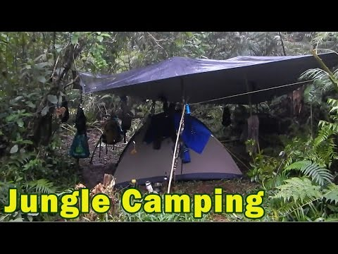 Junglecraft Campsite - DIY Jungle shelter for pouring rain