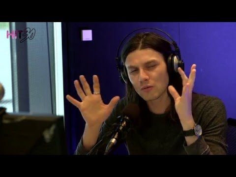 James Bay Reveals How He Releases Emotion When Performing! | Hit 30