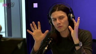 james bay reveals how he releases emotion when performing hit 30