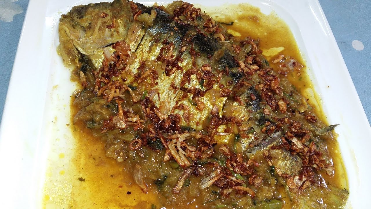 Soft hilsa fish curry in pressure cooker pressure for Pressure cooker fish