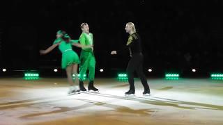 Елена Йованович и Нодари Майсурадзе в ледовом шоу
