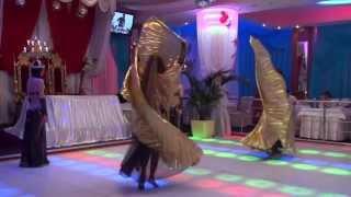 """Шоу группа """"Nellidance""""  танец с крыльями и канделябрами"""