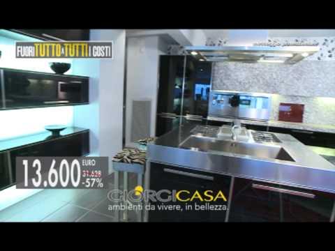 Giorgi casa cucine hi tech fuori tutto a tutti i costi - Cucine high tech ...