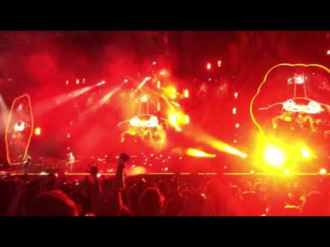 A Head Full of Dreams by Coldplay live in Melbourne Dec 2016