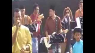 KKMM Rumah Terbuka 2013 Black Mentor feat. ilham - Teman Pengganti