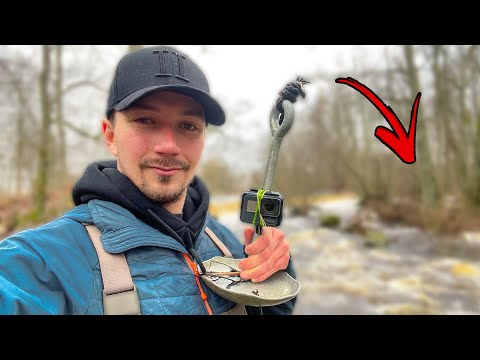 What Fish Live In Heavy Stream?! (Exploring with GoPro Underwater) | Team Galant