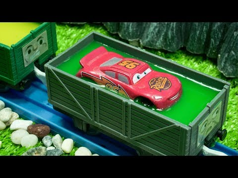 Thomas and Disney Cars Color Water Change Lightning Mcqueen Car Toy Trains