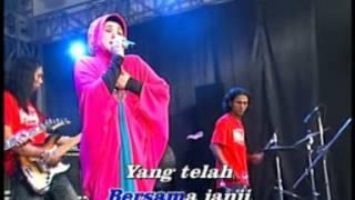 Evie Tamala - 1001 Hari [Official Music Video]