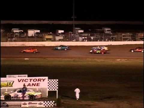 Oshkosh Speedzone Raceway - July 27, 2012 - Dirt Devil Feature