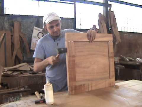 Machimbre muebles doovi for Como hacer una puerta con machimbre