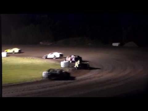 Modified Bmain 1 @ Hancock County Speedway 06/28/16
