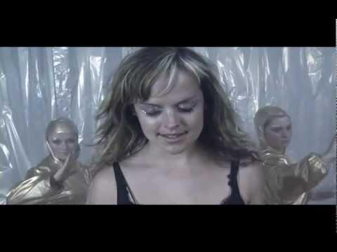 Flatpack - Sweet Child of Mine (ft. Katty Heath)