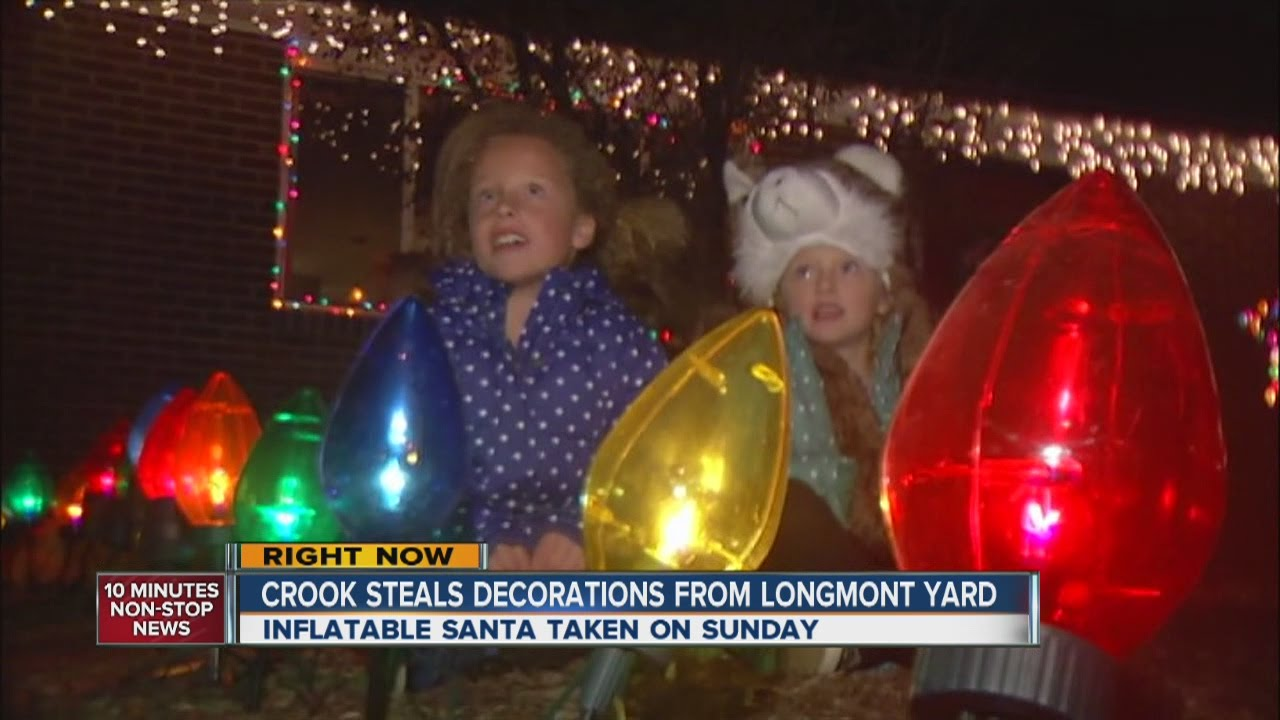 Grinch stealing lights christmas decorations - Grinch Steals Christmas Decorations From Longmont Yard