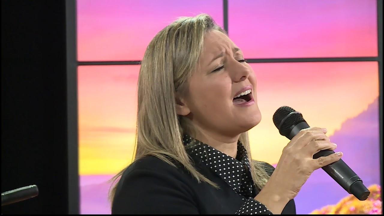 Simone Menezes - Jesucristo es la Salida
