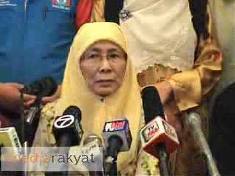Press Conference with Anwar's Family Members