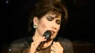 """Dulce La Cantante """"Una Aventura Mas"""" 1988."""