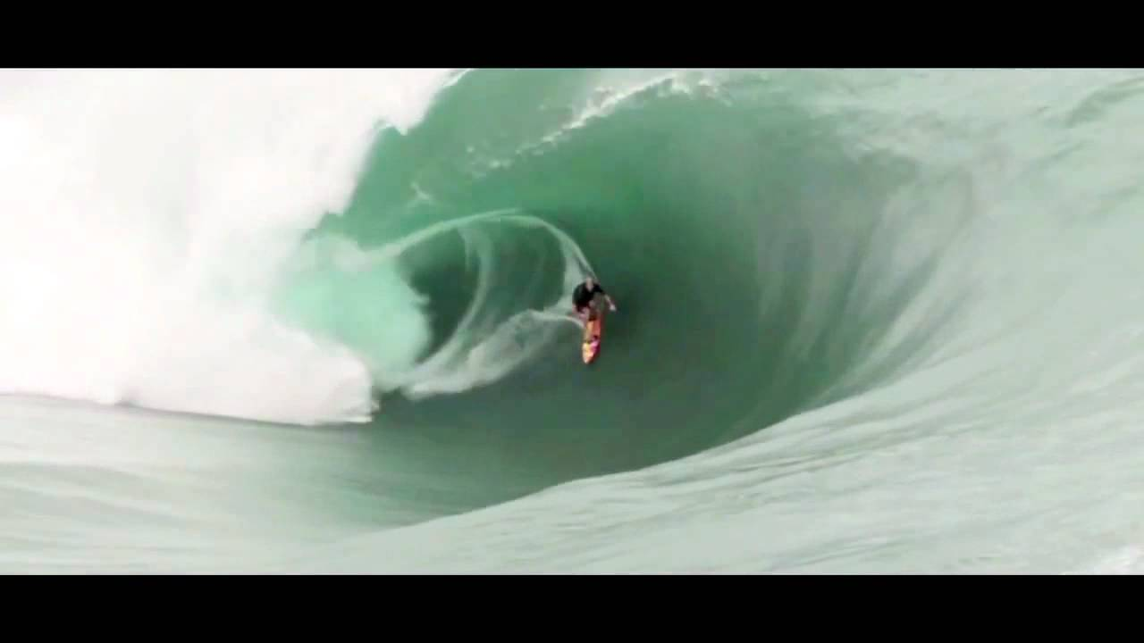 Teahupoo Code Red Record Breaking - 28.7KB
