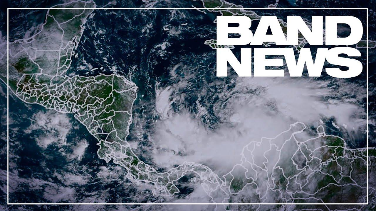 Furacão Iota perde força ao tocar solo da Nicarágua
