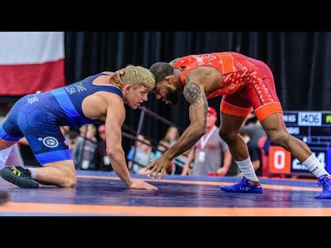 239fc16cb07249 Kyle Dake (TMWC) vs. Jordan Burroughs (Sunkist Kids) - 2017 U.S. ...