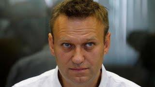 Навальный вылетел из России