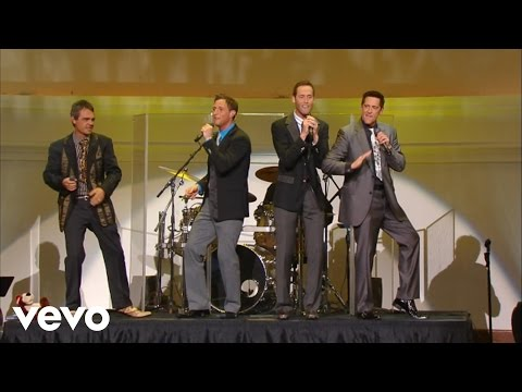Ernie Haase & Signature Sound - Never Give Up, Never Give In [Live]