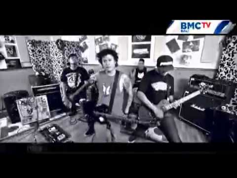 BMC TV BALI - POJOK INDIE SCARED OF BUMBS EP2