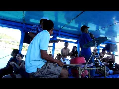 music band vietnam beat boat