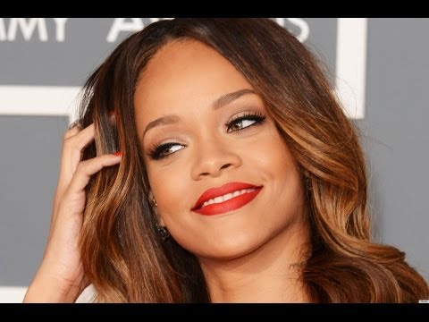 Rihanna Signs to Jay Z's Roc Nation Record Label