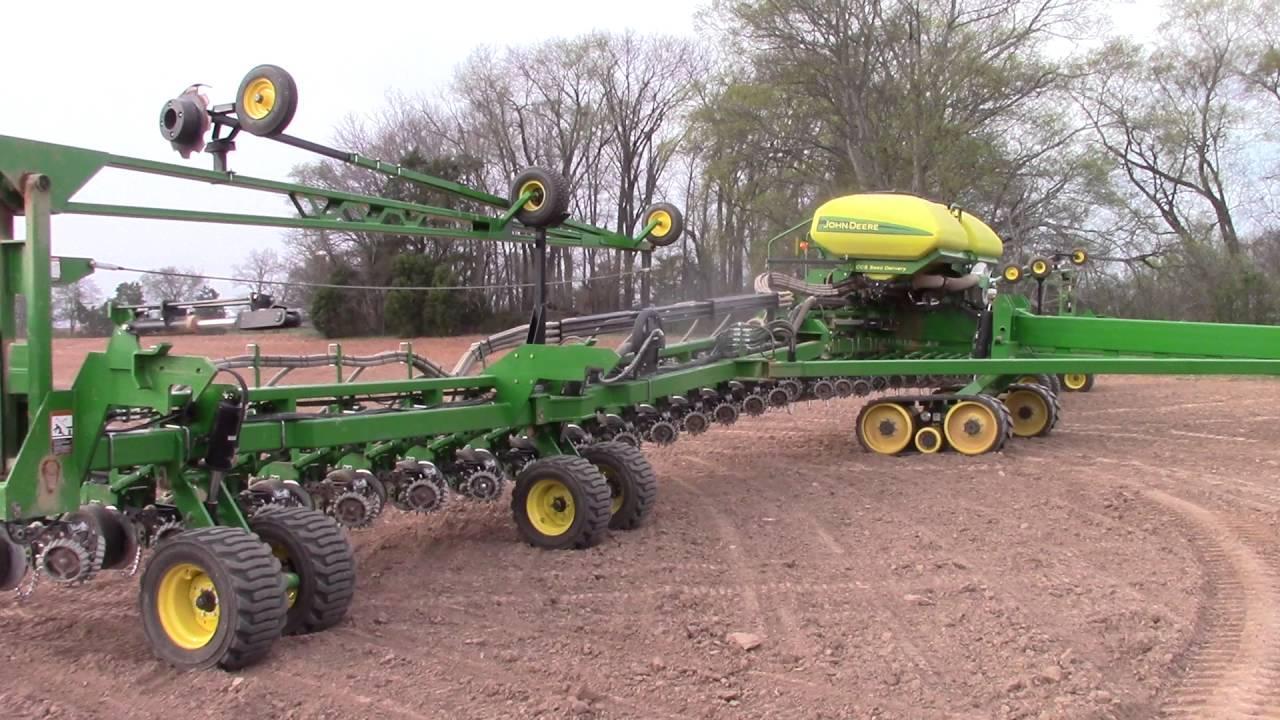 John Deere Db90 36 Row Corn Planter Folding Up Youtube