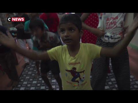Inde: Une école «Bollywood» Dans Un Bidonville