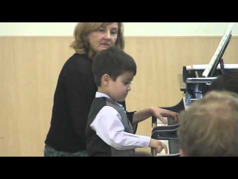 Jacob Rockower, age 3: Cuckoo / French Children's Song from Suzuki Piano Book 1