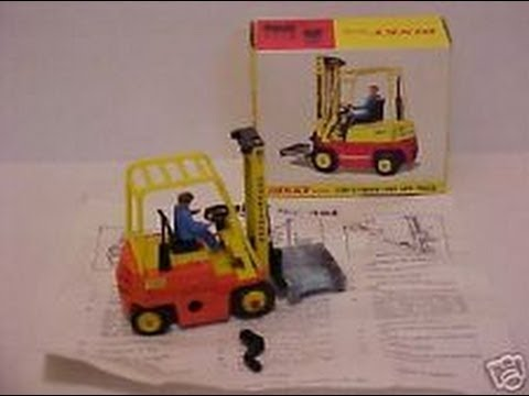 Conveyancer/Climax Fork Lift Truck Dinky 404