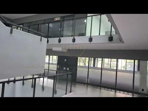 1293m² Office to Let in Glenwood, Pretoria