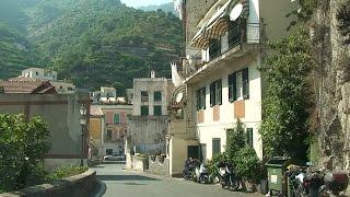 Baixar Niezwykly Swiat - Włochy - Z Salerno do Amalfi