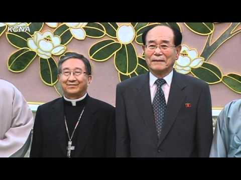 Kim Yong Nam Meets S. Korean Religious Delegation
