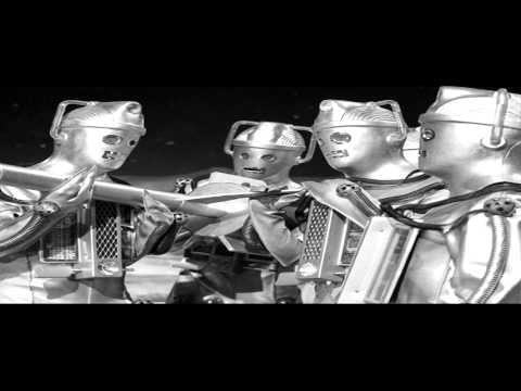 Classic Doctor Who Music - The Moonbase Suite