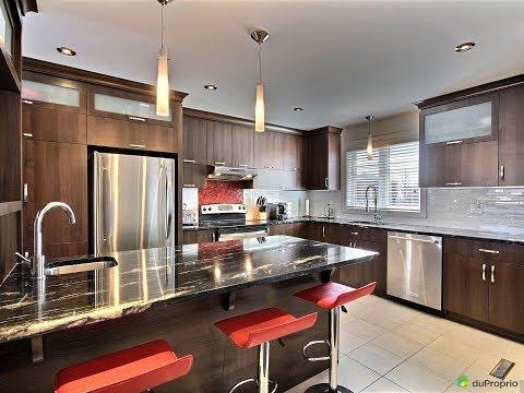 Maison 2 étages à vendre à Charlesbourg (Québec)