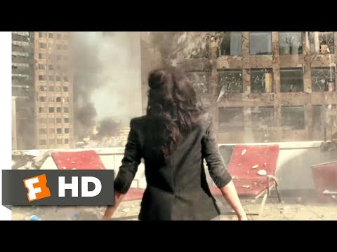 San Andreas (2015) - Surviving an Earthquake Scene (4/10) | Movieclips