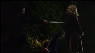 Baixar Arrow - 2x20 Clip | Slade (Deathstroke) kills Moira Queen (HD)