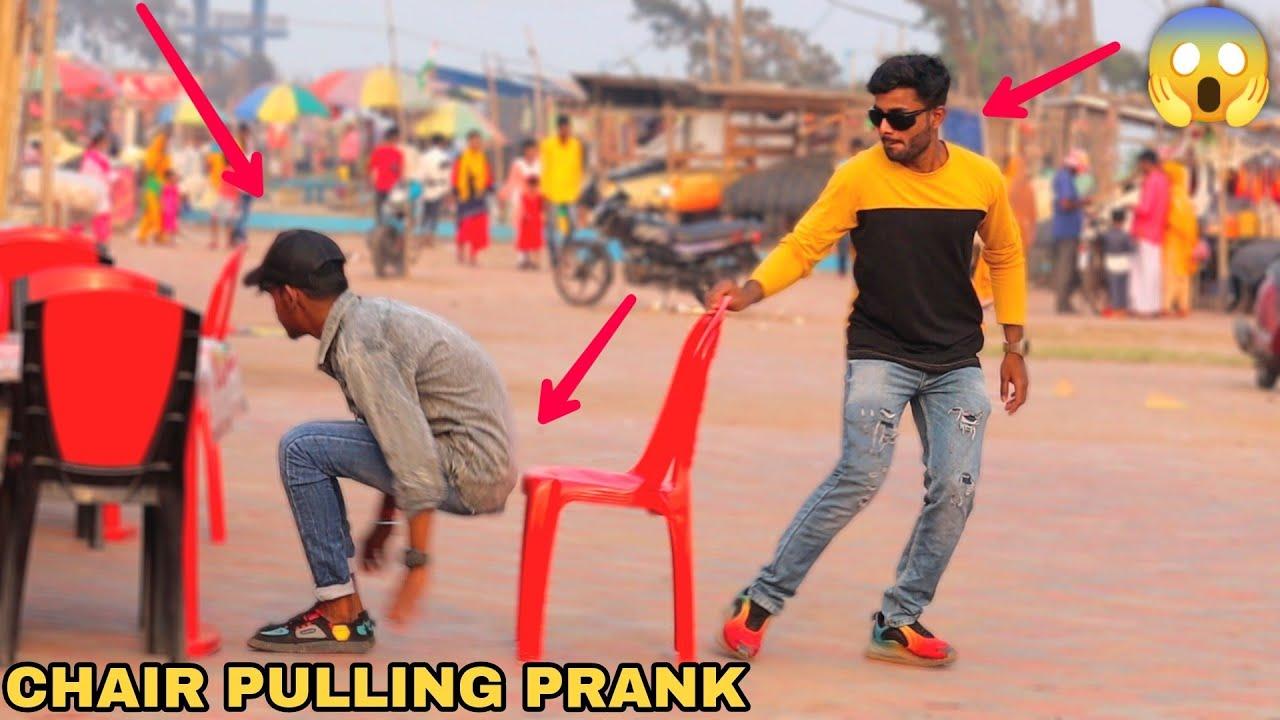 CHAIR PULLING PRANK! || MOUZ PRANK