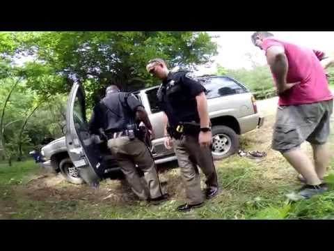 Cops Search Abandoned Vehicle!