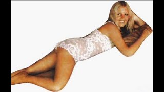 Sally Thomsett Blondeshell