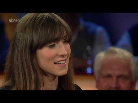 Charlotte Roche - NDR Talk Show Classics (NDR 29.3.2013) 720p
