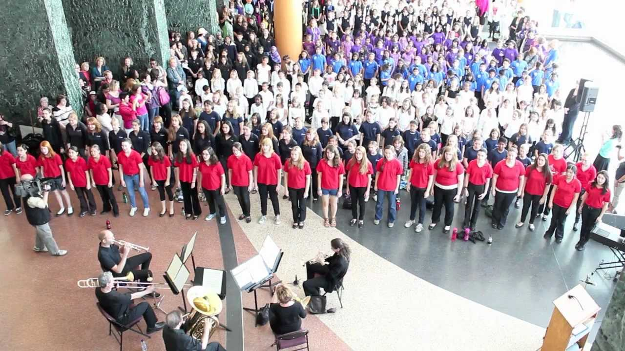 video: NAC Music Monday 2012 - Massed Choir & Rideau Lakes Brass Quintet