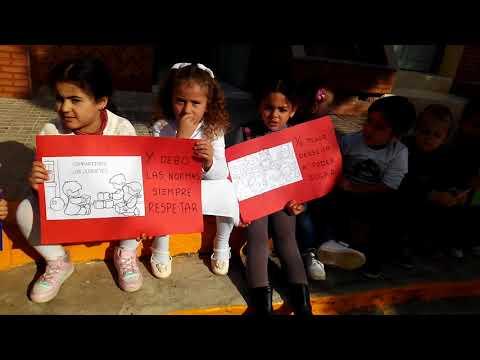 Celebración Del Día De La Constitución En Infantil (IE Melchor De Jovellanos)