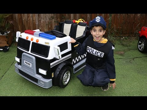 SAMI plays with his new police truck ,video for kids